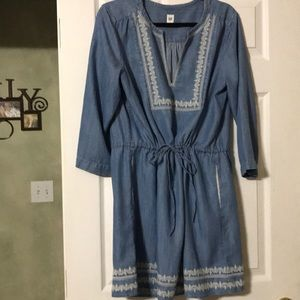 size Large Gap Blue Jean Dress with white etching